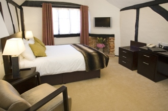 kings-arms-hotel-pub-amersham-deluxe-room